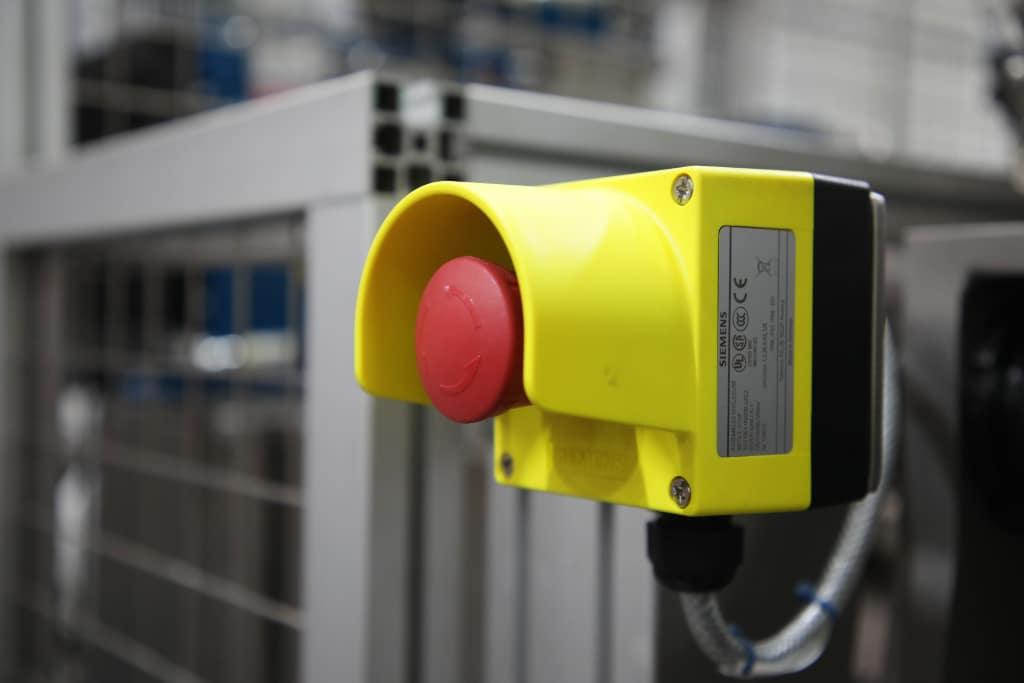 Safety Estop Button on machine Adbro Controls